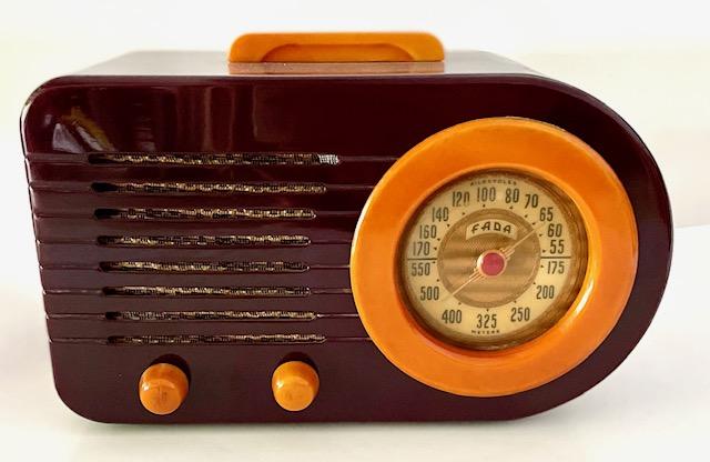 https://0201.nccdn.net/4_2/000/000/01e/20c/fada-1000-coffee-and-caramel-catilin-radio.jpg