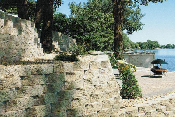 Anchor Diamond Retaining wall
