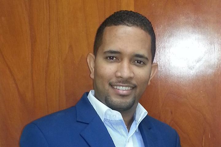 Sr. Isaías Grullon Presidente de Gestión Estratégica Ideal