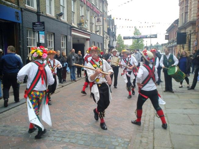 Merrydowners outside the Guildhall Rochester