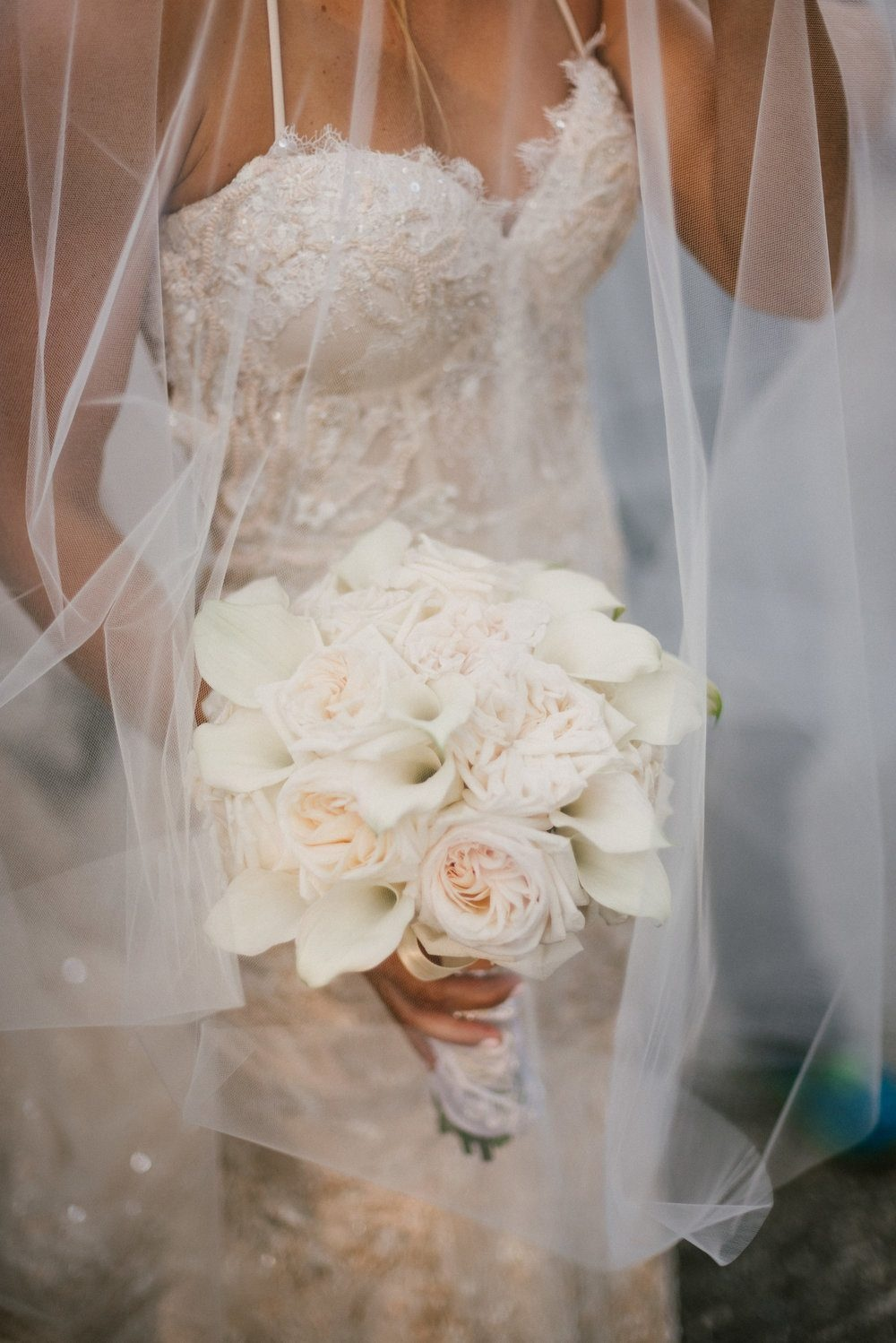 https://0201.nccdn.net/4_2/000/000/023/130/industrial-wedding-vibes-miami-nuptials-05-1000x1498.jpg