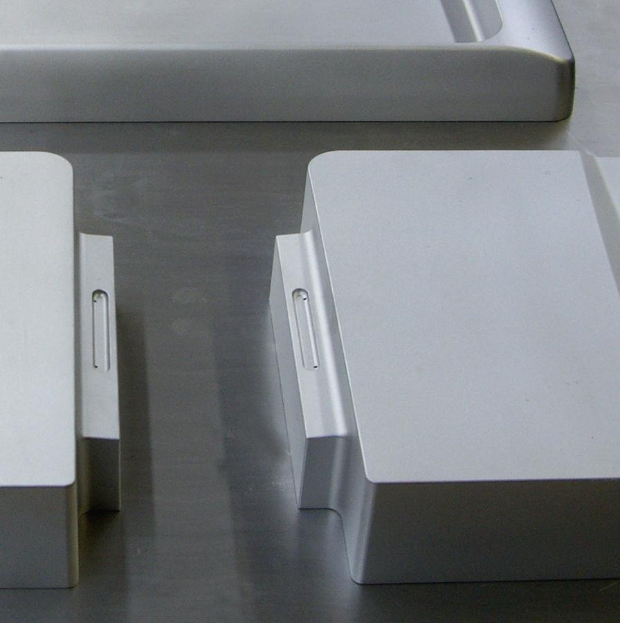 Aluminum Vacuum Family Mold (detail)