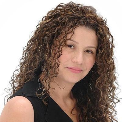 Vicky De La Cruz