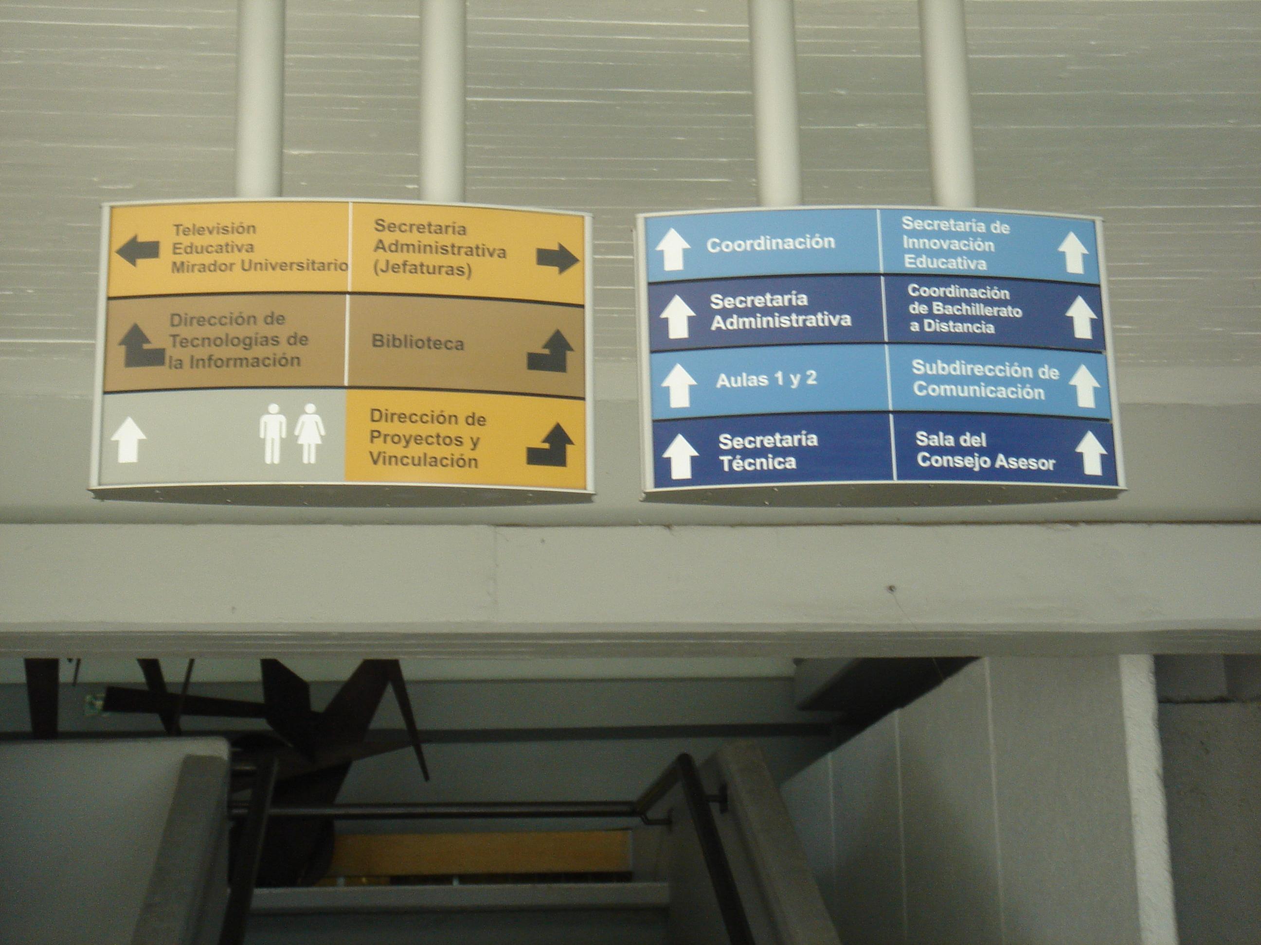 Trabajo de señalización en la UNAM