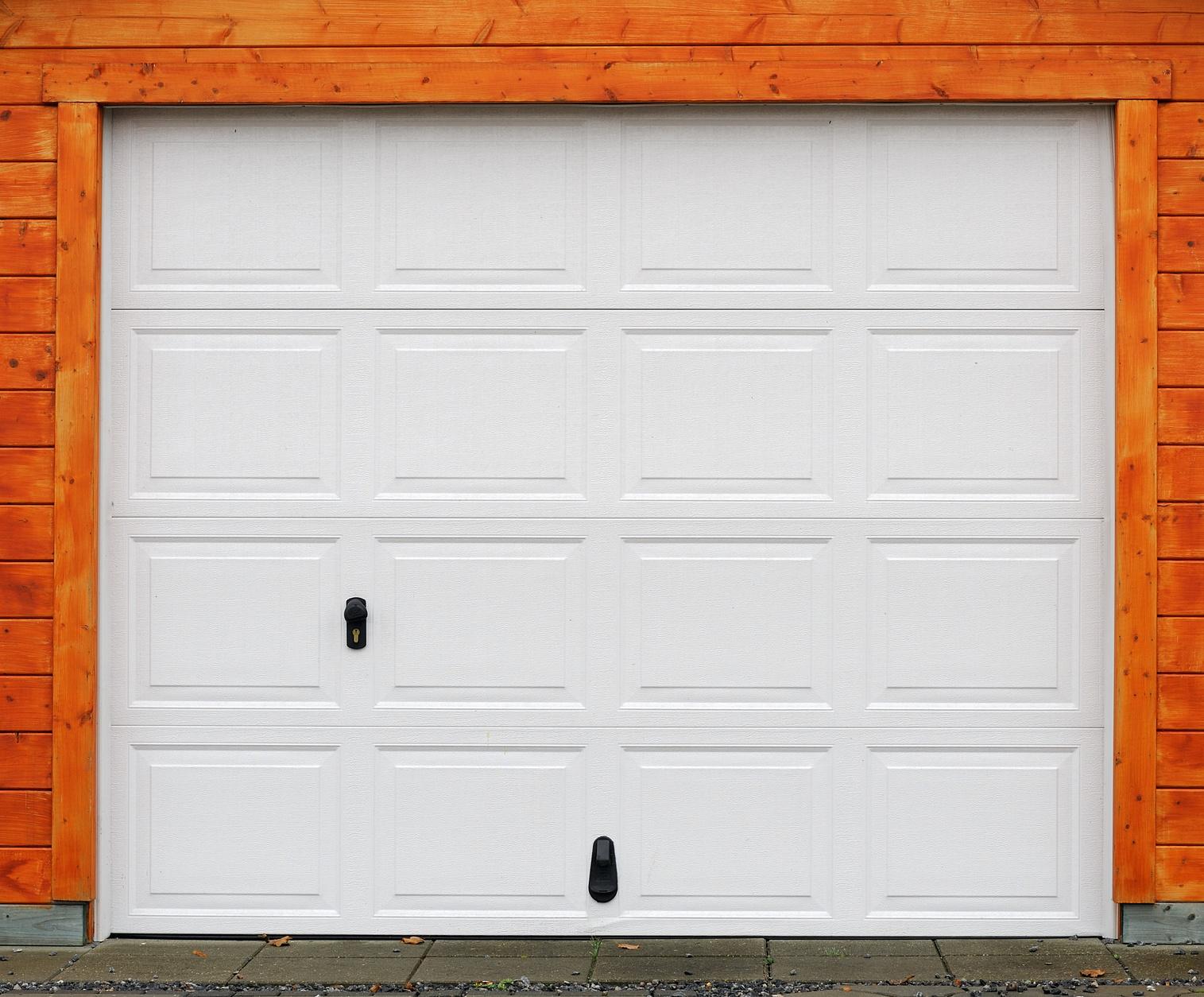 Garage door in Lansing