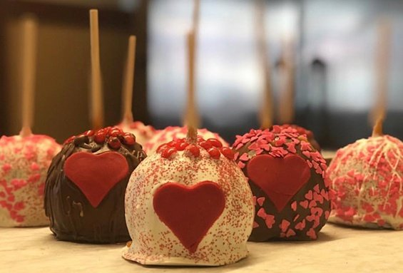 Valentine's Day Candy Apples