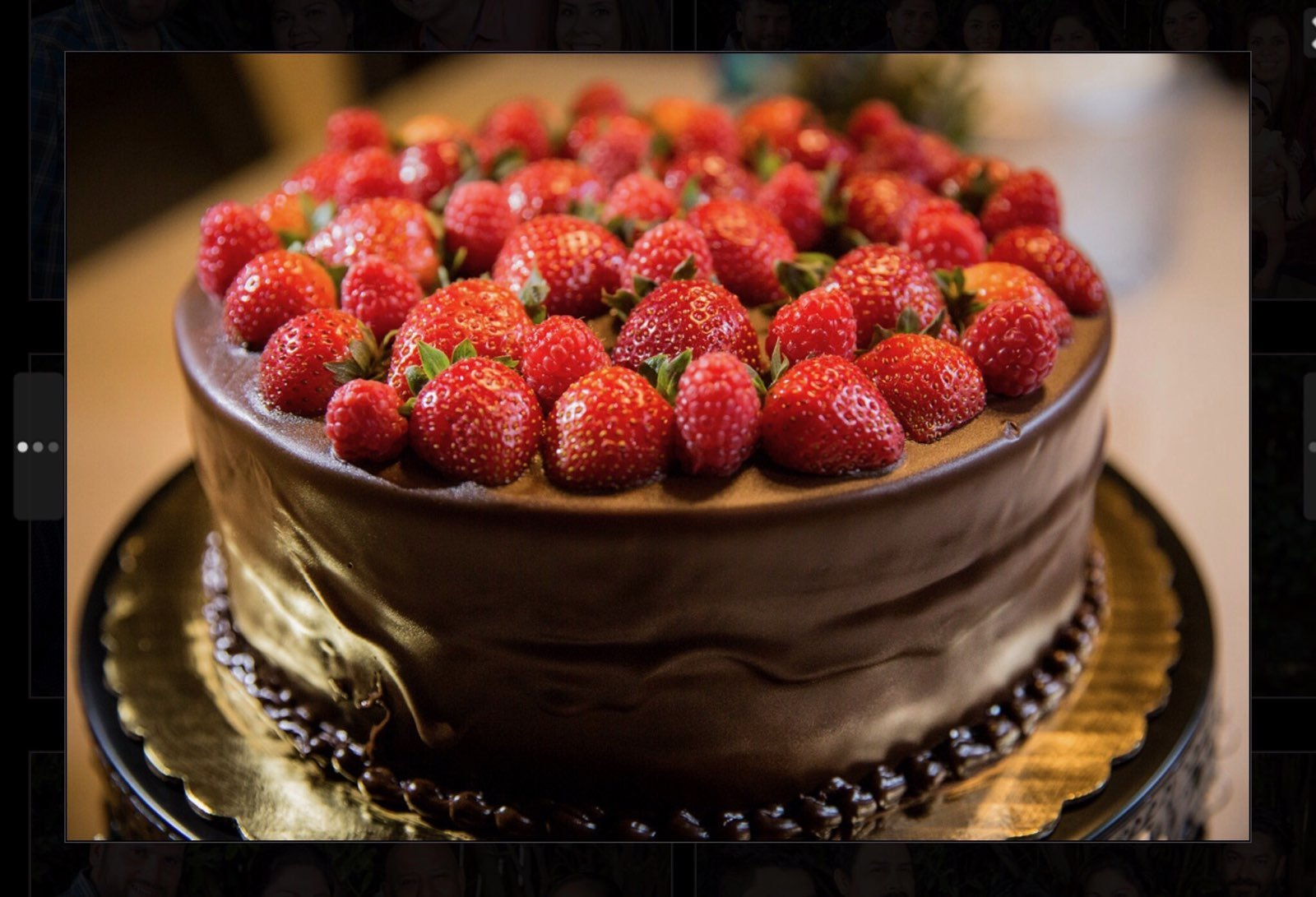 Chocolate And Strawberries Cake 1