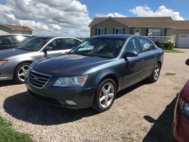 2009 Hyundai Sonata Sport 2.4 litre, loaded, automatic, sunroof, 4 door 223 372 km $4 995.00 + HST Certified