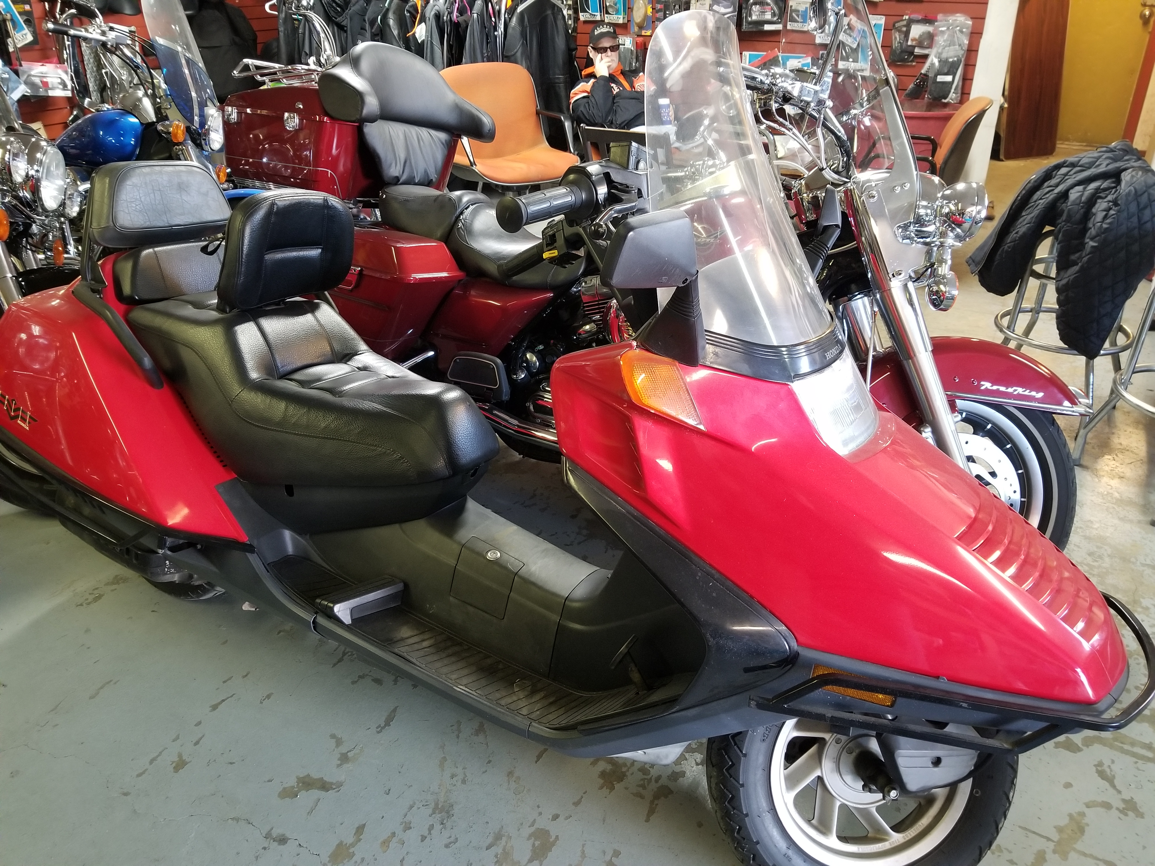 1997 Honda Helix 250 8,000 miles $1,700