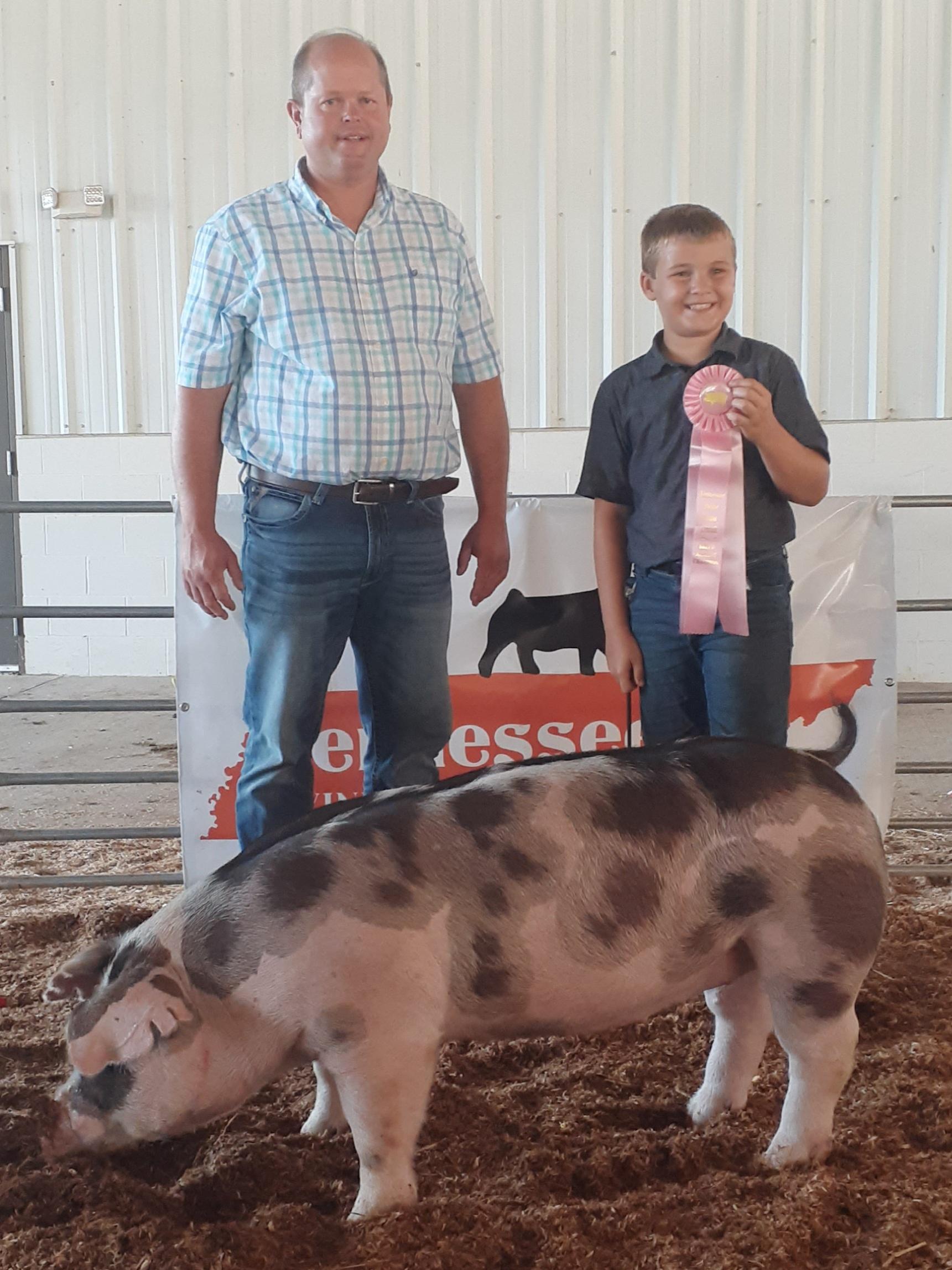 Declan Lusk Smith County Swine Shootout Reserve Champion Spot Gilt