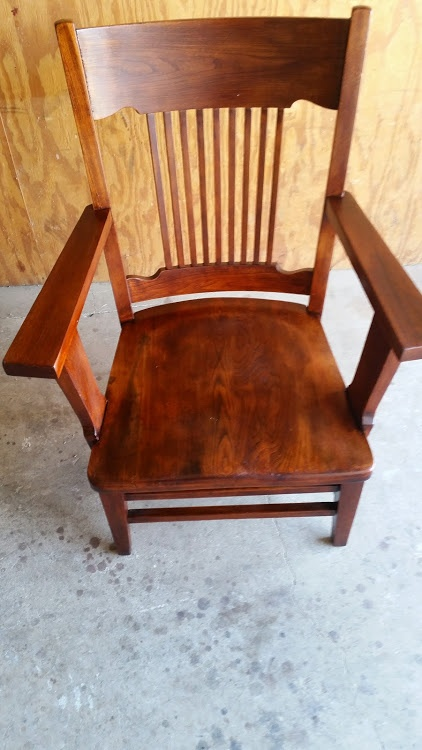 https://0201.nccdn.net/4_2/000/000/038/2d3/Arm-Chair-Final-422x750.jpg