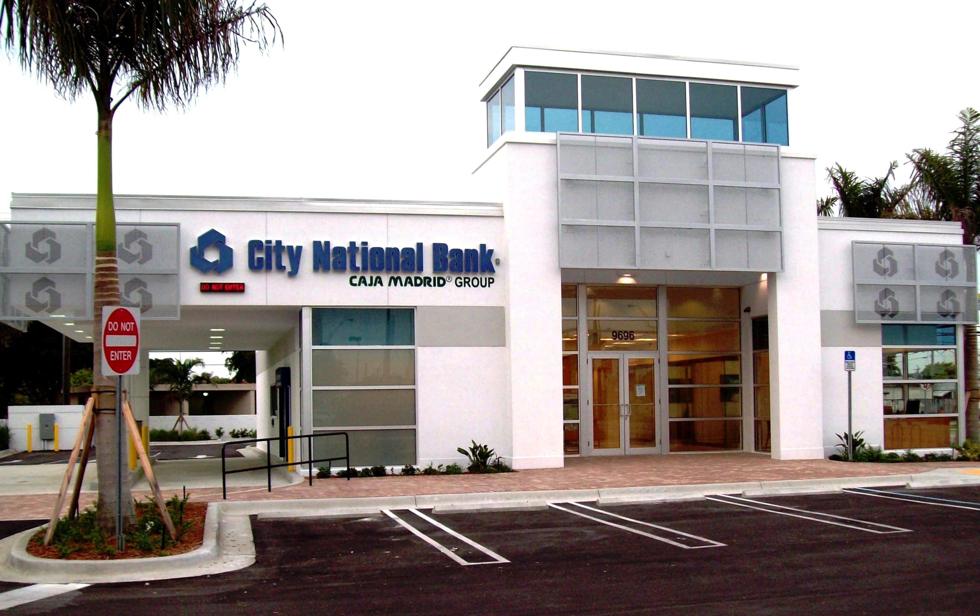 https://0201.nccdn.net/4_2/000/000/038/2d3/City-National-Bank-3296x2073.jpg