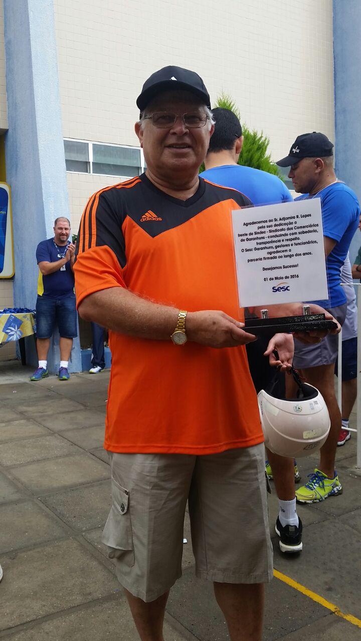 Placa do SESC para o companheiro Adjamiro Ribeiro Lopes