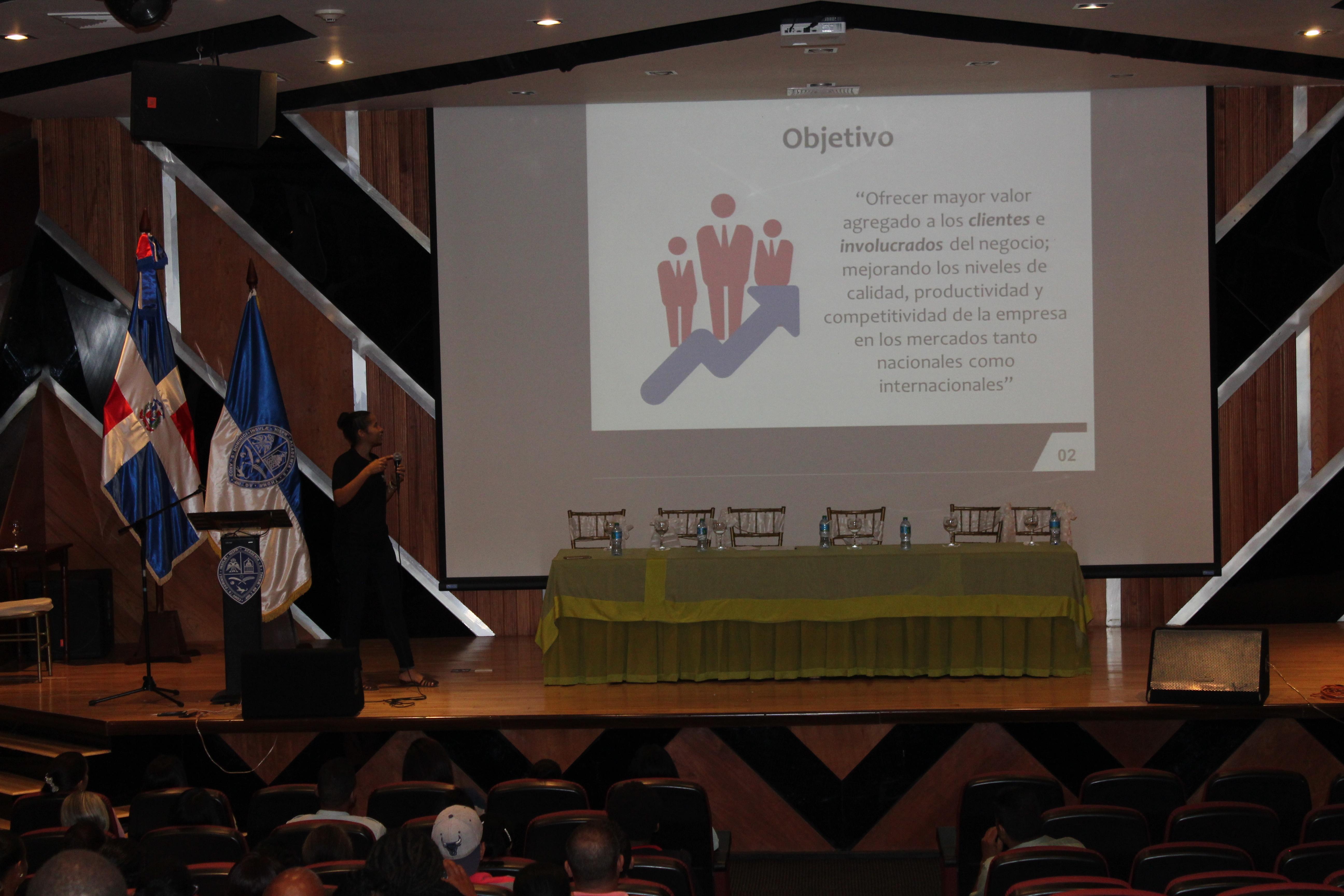 Conferencia sobre  Finanzas Empresariales