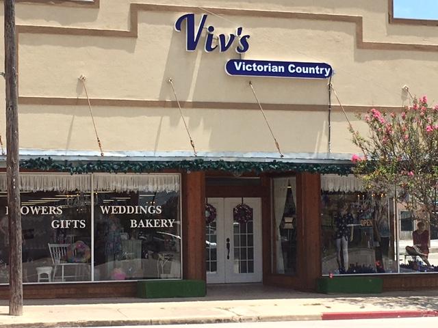 Vivian's Victorian Country