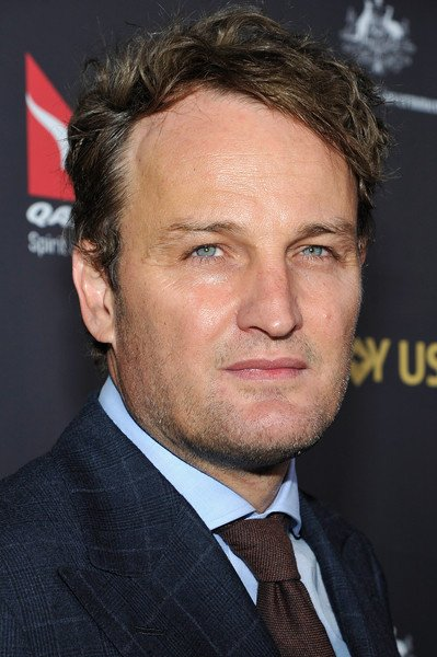 https://0201.nccdn.net/4_2/000/000/038/2d3/Jason-Clarke-G-Day-USA-2016-Black-Tie-Gala-AvTLYruIlwsl-399x600.jpg
