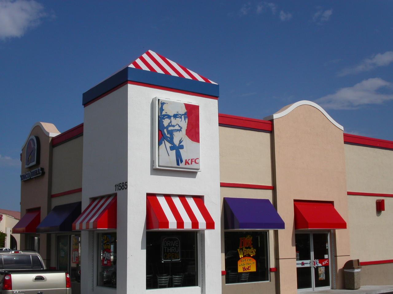 https://0201.nccdn.net/4_2/000/000/038/2d3/KFC---Taco-Bell-1280x960.jpg