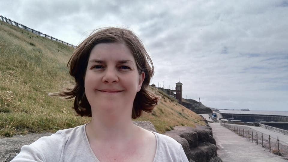 https://0201.nccdn.net/4_2/000/000/038/2d3/Susan-at-cliffs-Blackpool-960x541.jpg