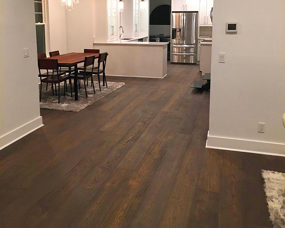 https://0201.nccdn.net/4_2/000/000/038/2d3/Wide-Plank-Engineered-Hardwood-Flooring-USA-Made-1000x800.jpg