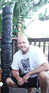 large tiki carving