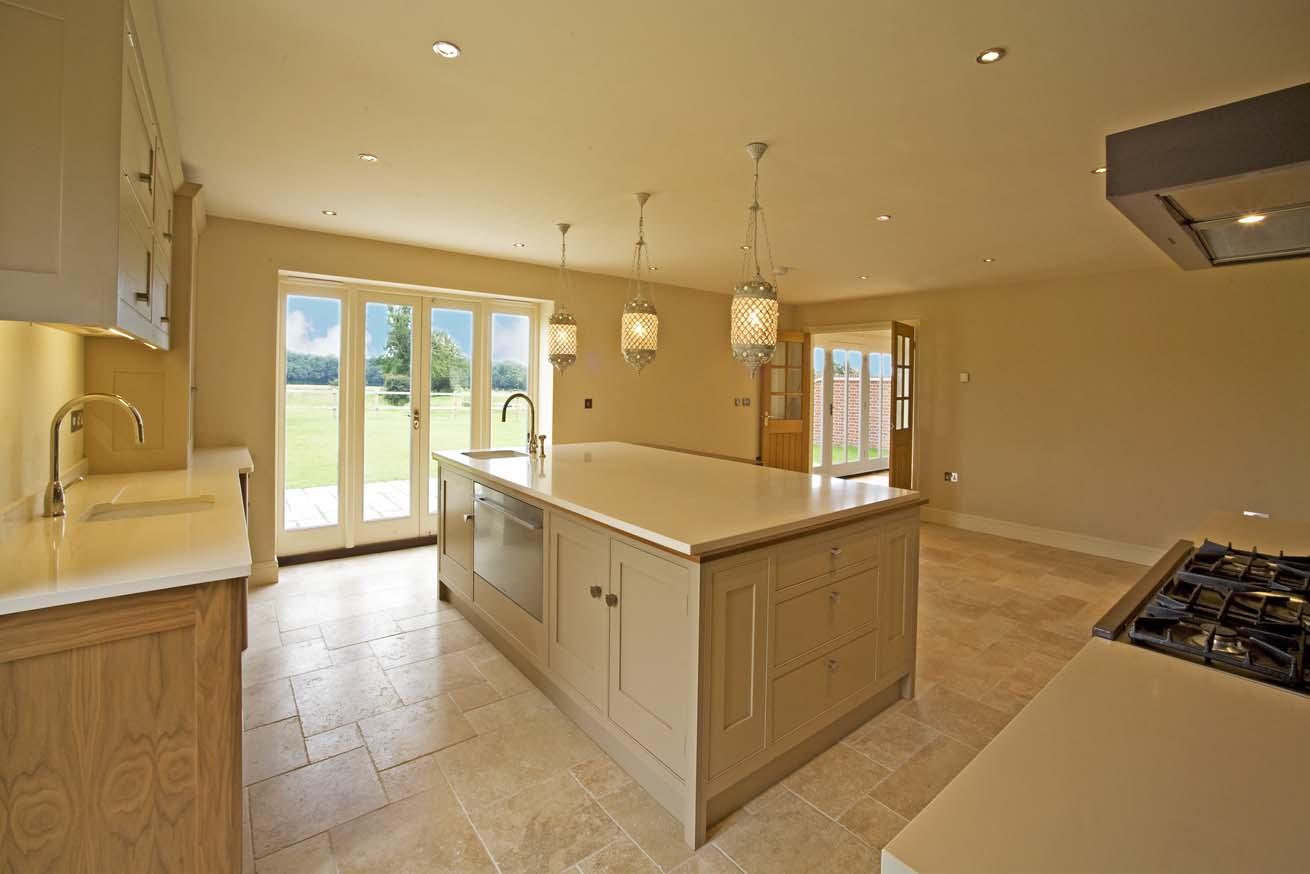 https://0201.nccdn.net/4_2/000/000/038/2d3/kitchen-to-living-and-views-1.jpg