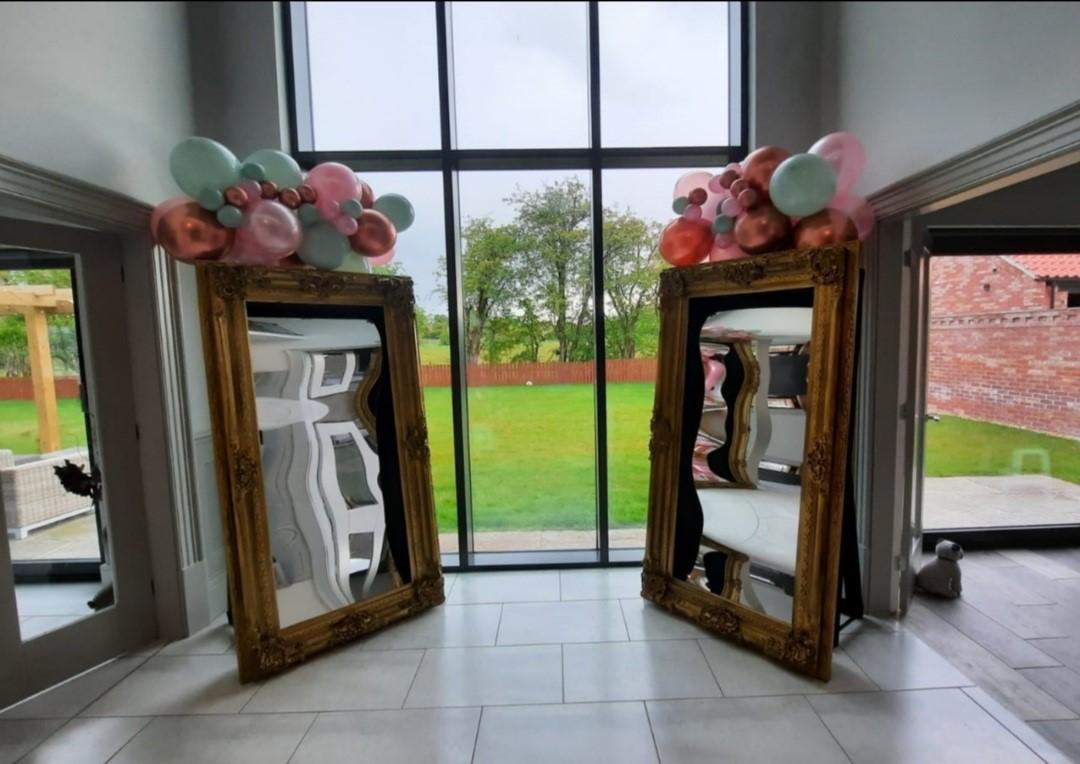 https://0201.nccdn.net/4_2/000/000/038/2d3/mirrors-with-balloon.jpg