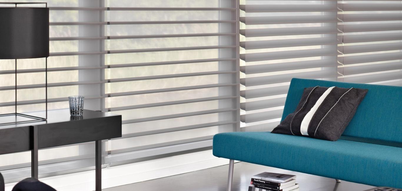 Está disponible en una amplia gama de colores y diseños, con diferentes niveles de privacidad.