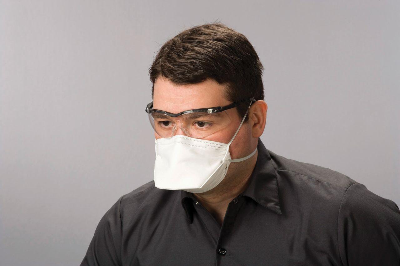 Flat Fold Single Use Masks