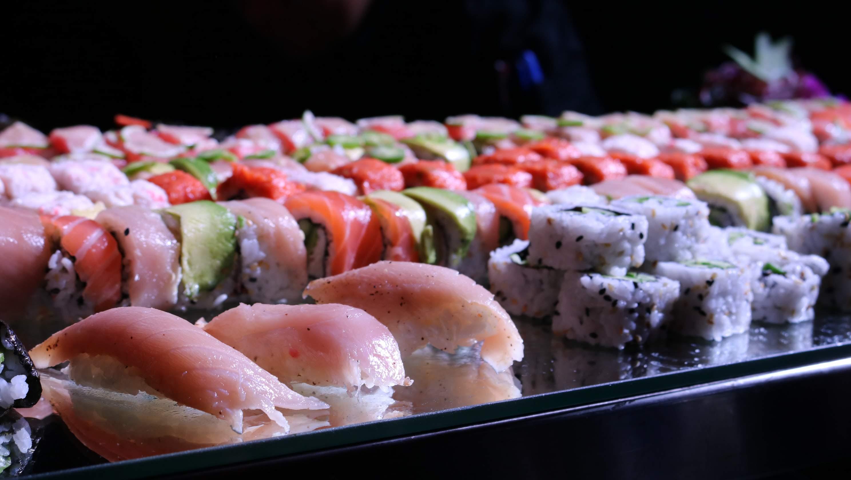 https://0201.nccdn.net/4_2/000/000/038/2d3/sushi---nigri.JPG