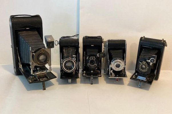 https://0201.nccdn.net/4_2/000/000/038/2d3/vintage-cameras.jpg