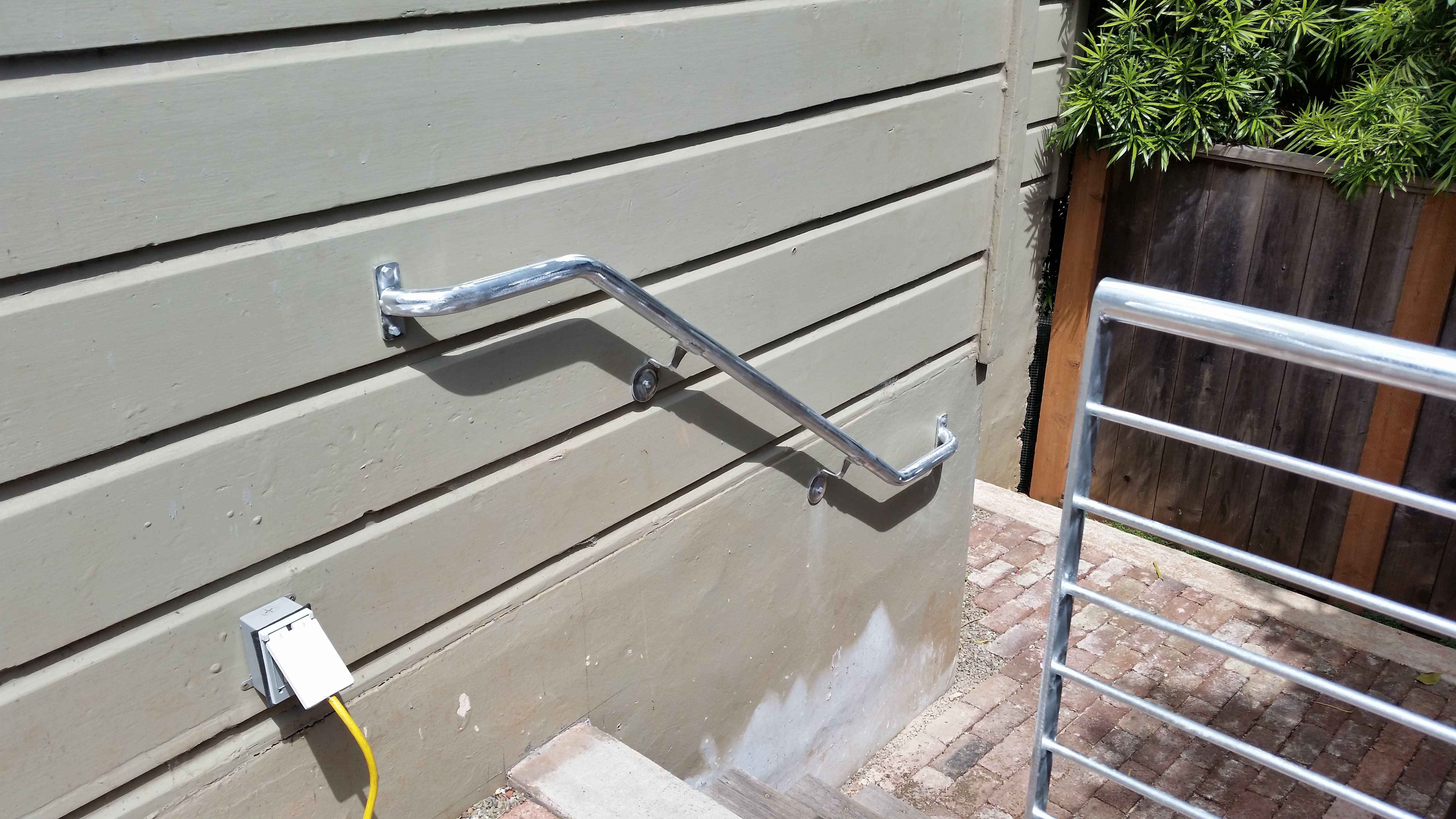 Handrail Example 4 (Round Tube)