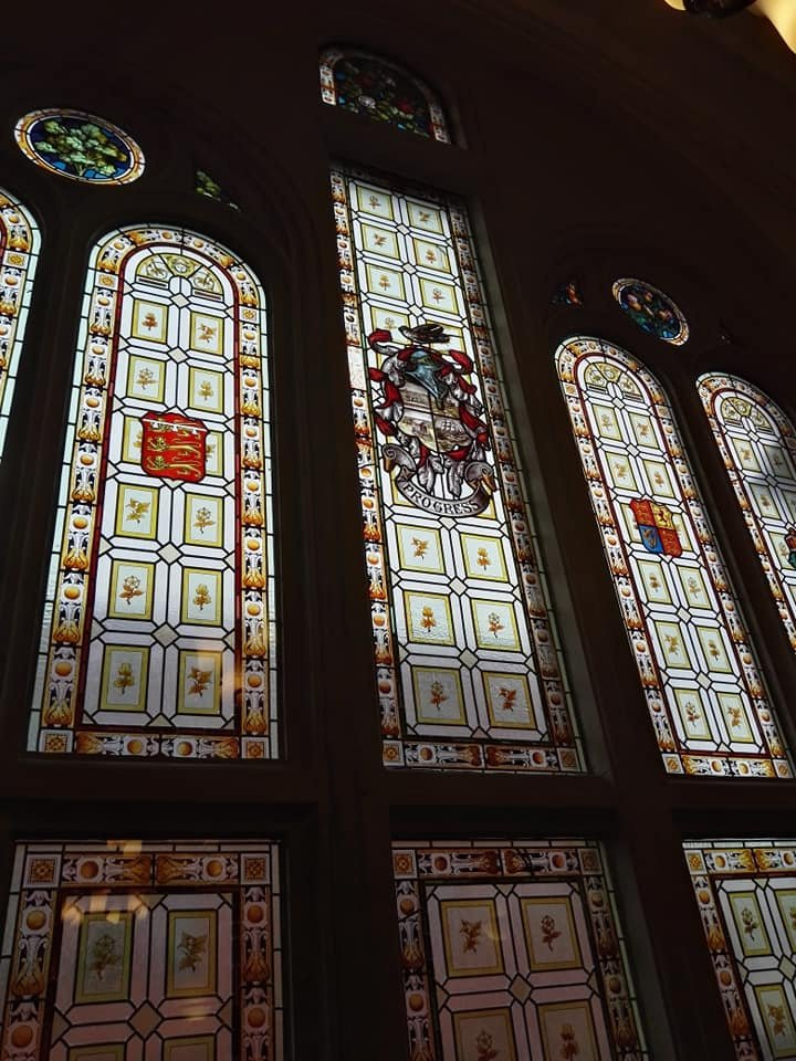 https://0201.nccdn.net/4_2/000/000/03f/ac7/Blackpool-Town-Hall-window-720x960.jpg