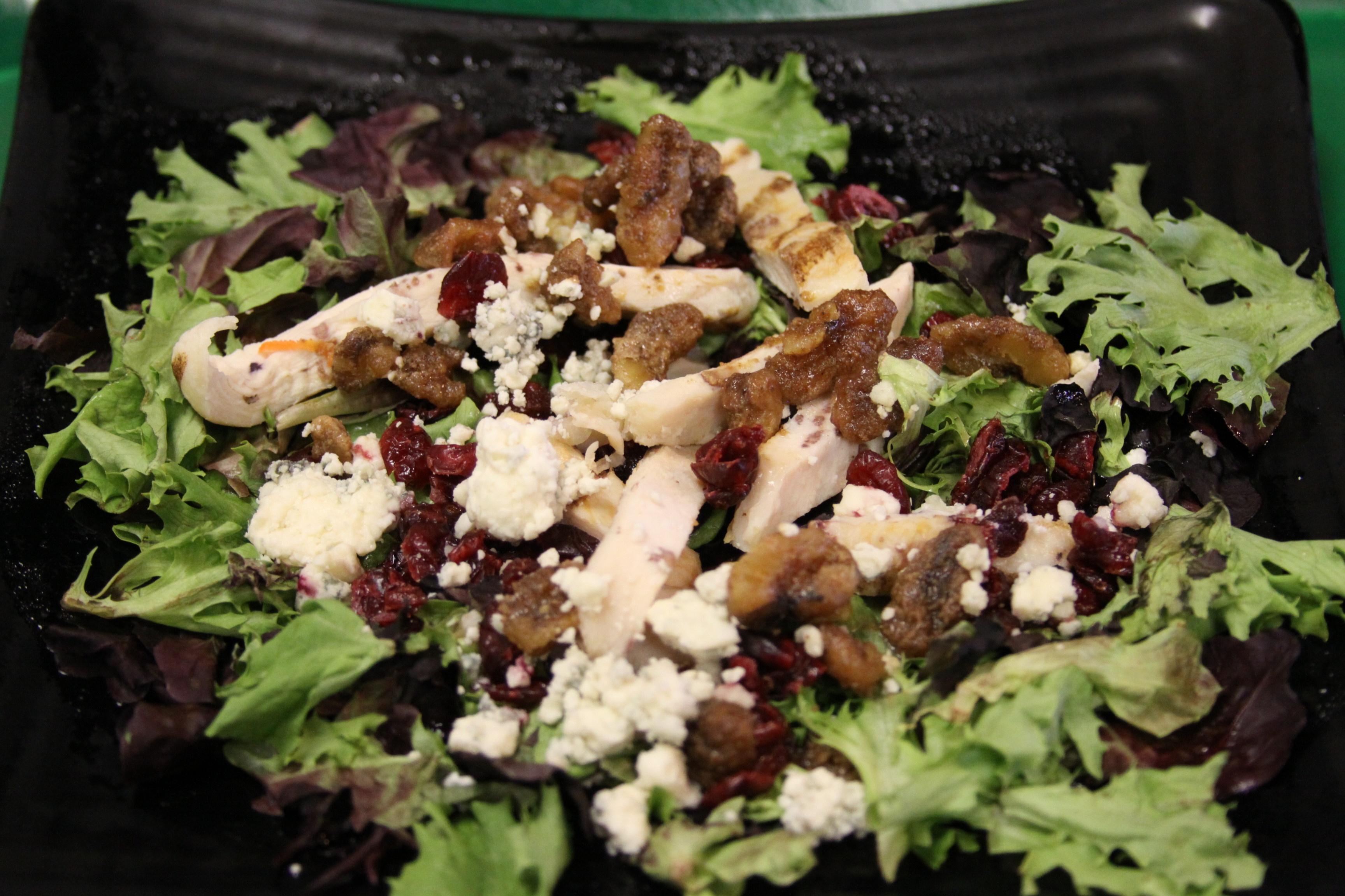 https://0201.nccdn.net/4_2/000/000/03f/ac7/Chicken-Gor-Salad-3456x2304.jpg