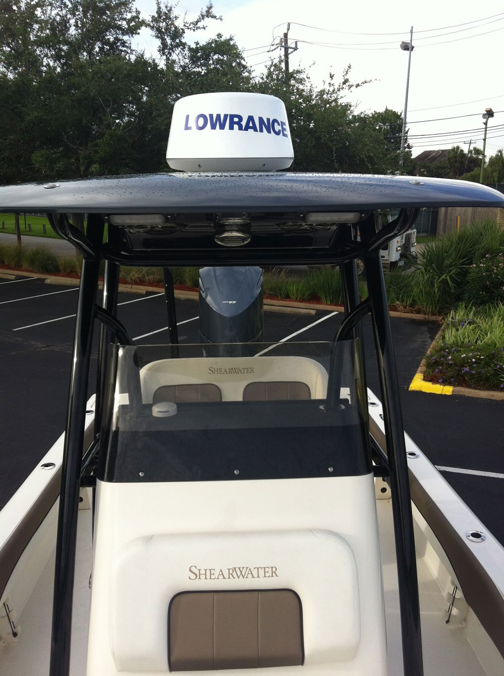 Lowrance Shear Water
