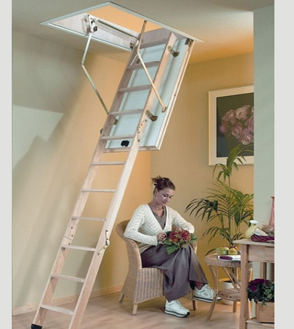https://0201.nccdn.net/4_2/000/000/03f/ac7/TDE27-titan-exclusive-timber-loft-ladder-600x671.jpg