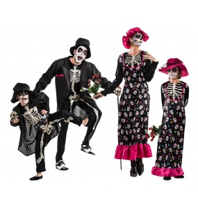 https://0201.nccdn.net/4_2/000/000/03f/ac7/familia-esqueletos-catrina-grupo110.jpg