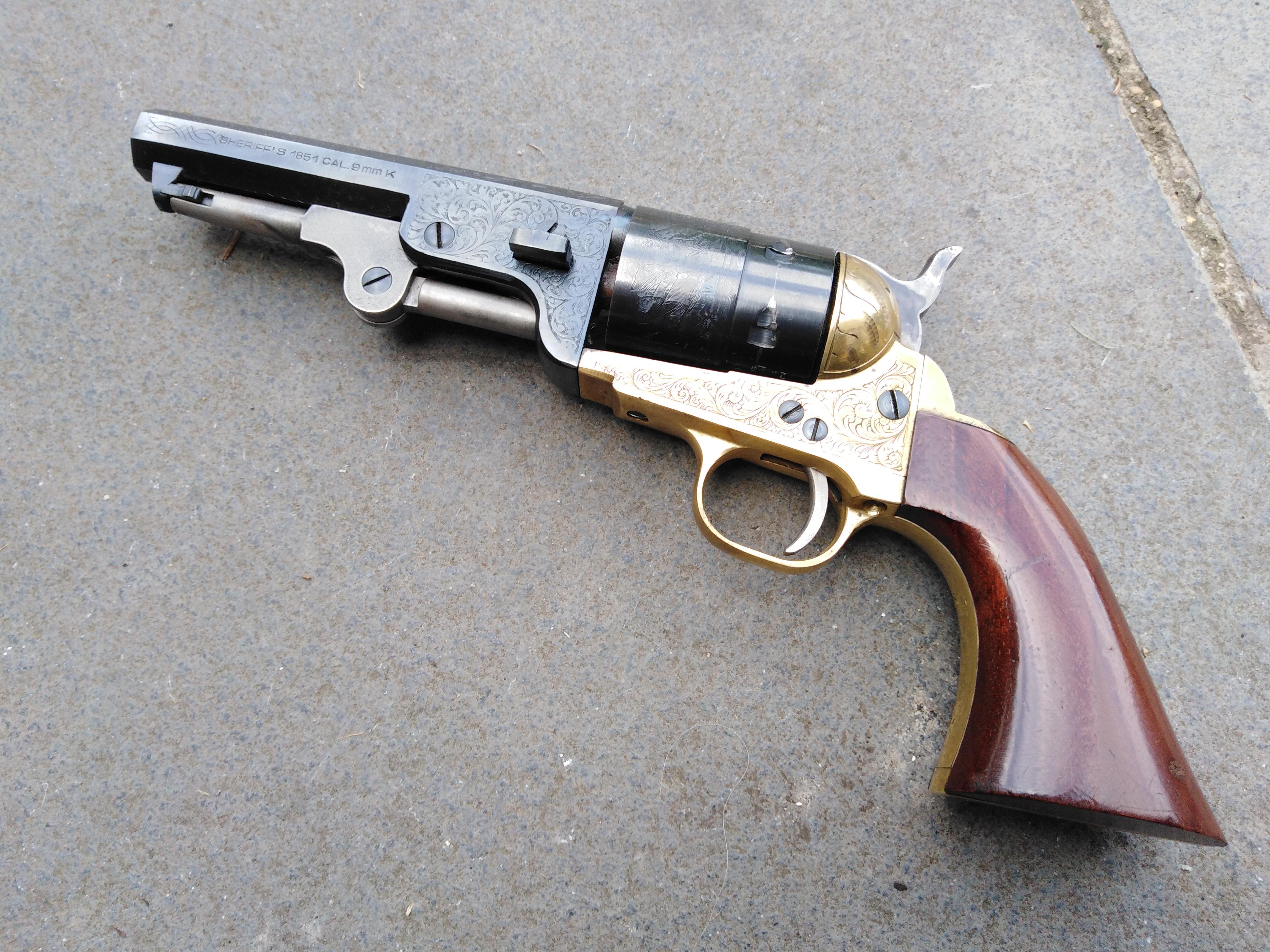 Pietta Engraved Navy Sheriff 9mm