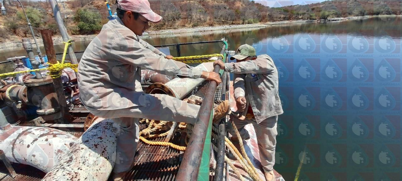 Tensión y cambio de tambos de la barcaza en san Francisco Yosocuta                            Mes: Marzo