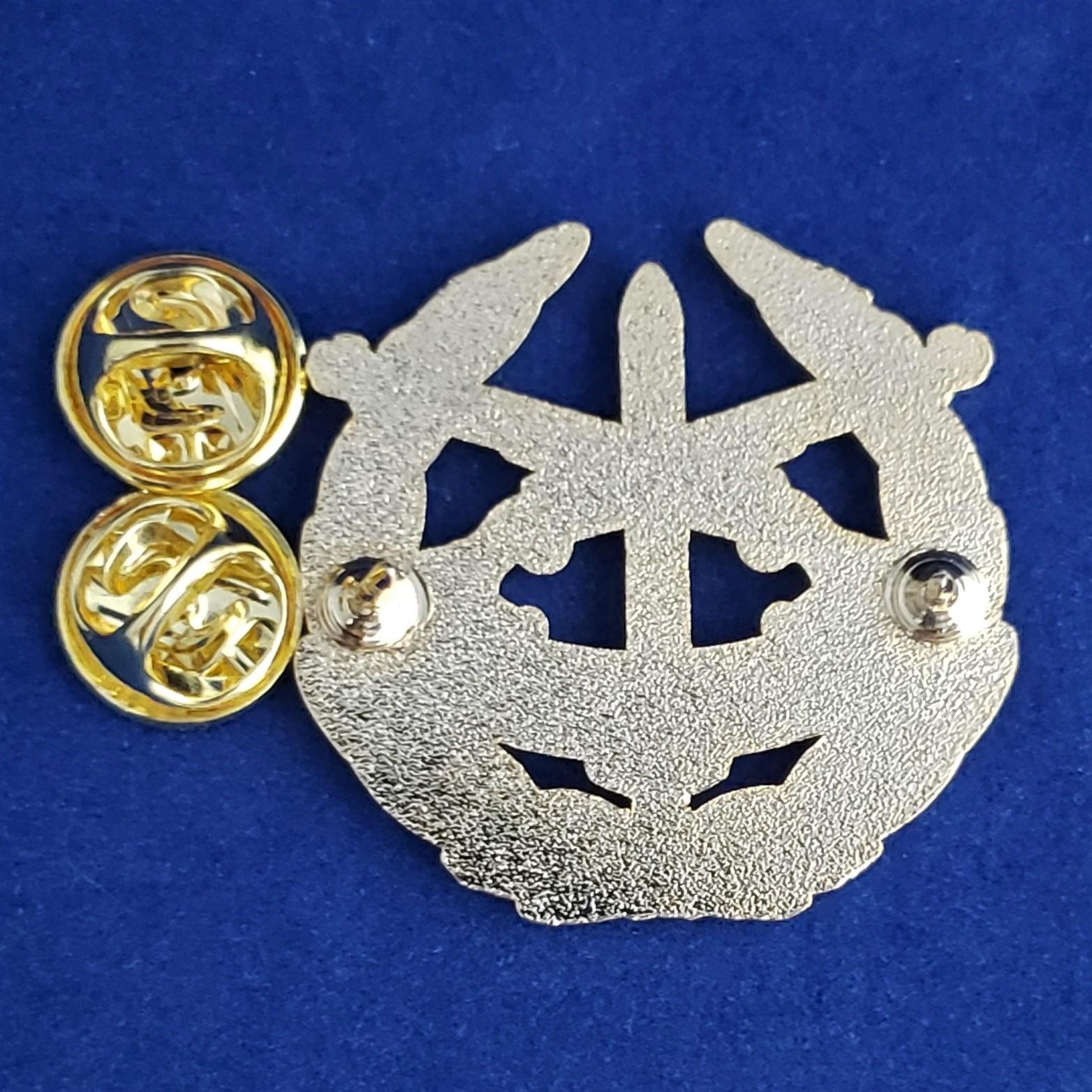 GOLD CROSS RIFLE HONOR GUARD PIN   Item #124
