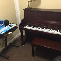 STUDIO TTWO - KAWAI UPRIGHT PIANO