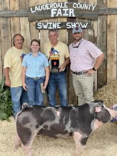 Ann Thomas Lowery 2021 Lauderdale County Fair Champion Spot Gilt Supreme Champion Gilt Overall