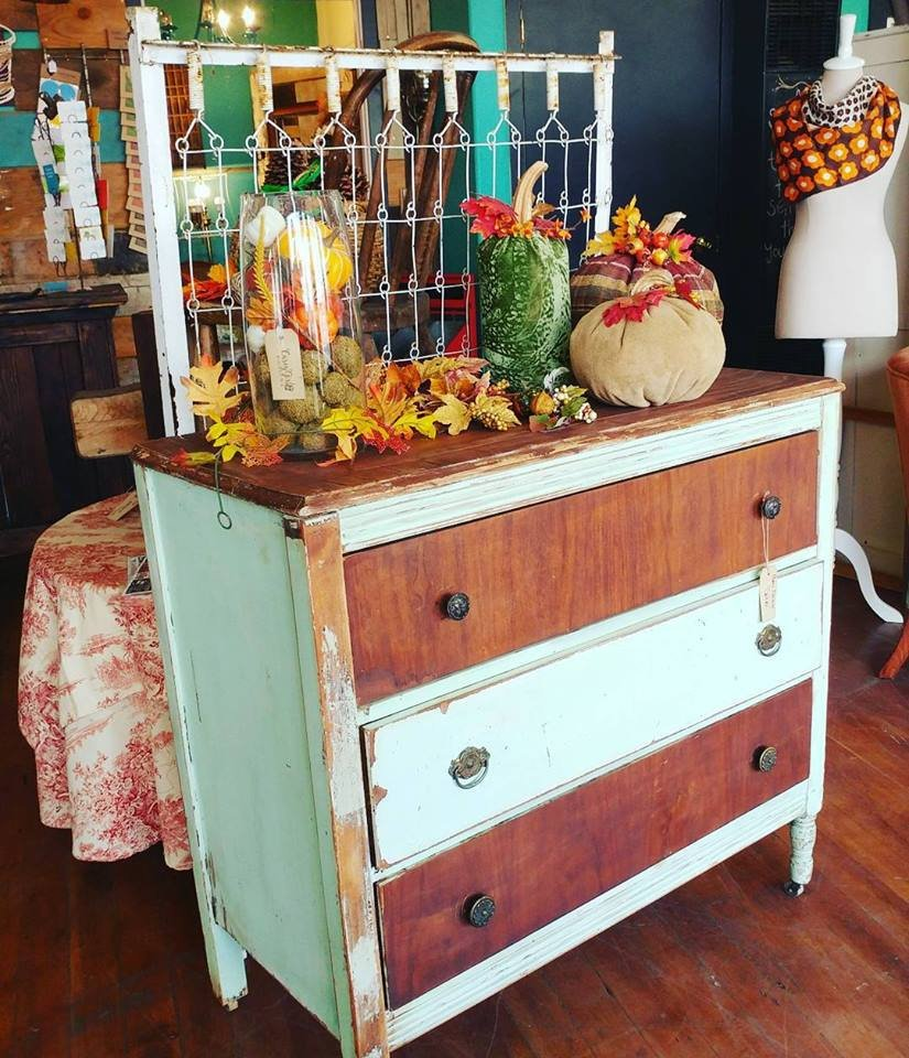 https://0201.nccdn.net/4_2/000/000/046/6ea/distressed_dresser-825x960.jpg