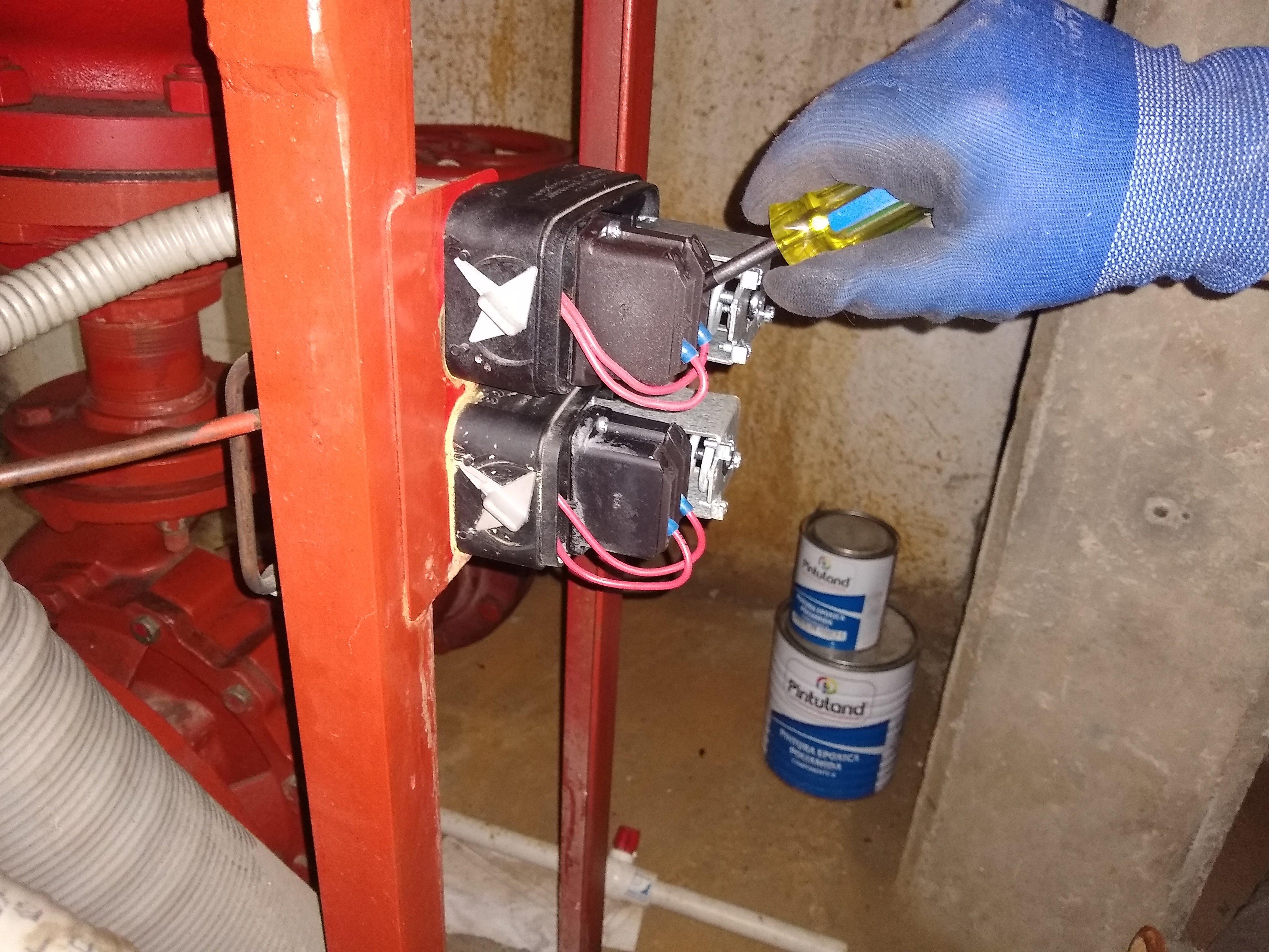Verificación funcionamiento de presóstatos y transductores de presión.