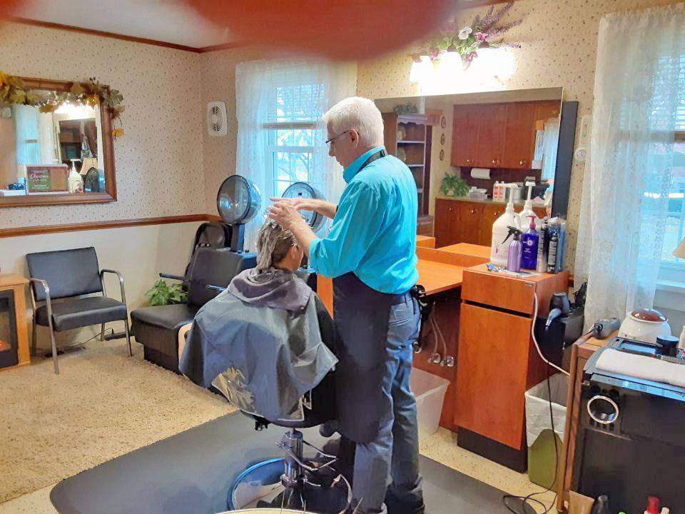 Client in a Hair Salon 3