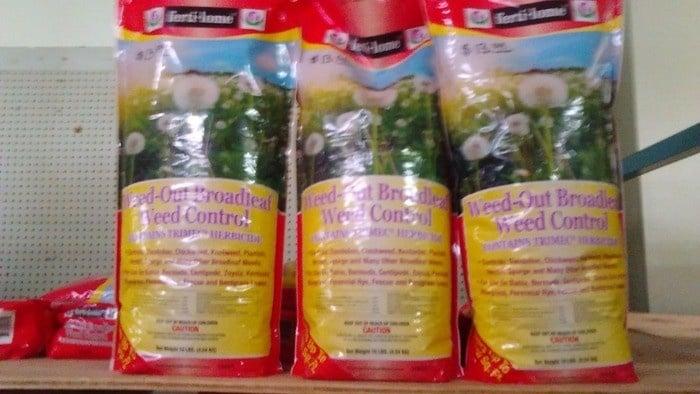 Weed-Out Broadleaf Weed Control