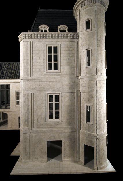 Chateau des Songes Side View