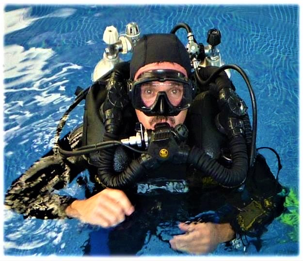 https://0201.nccdn.net/4_2/000/000/048/6c6/rebreather.jpg