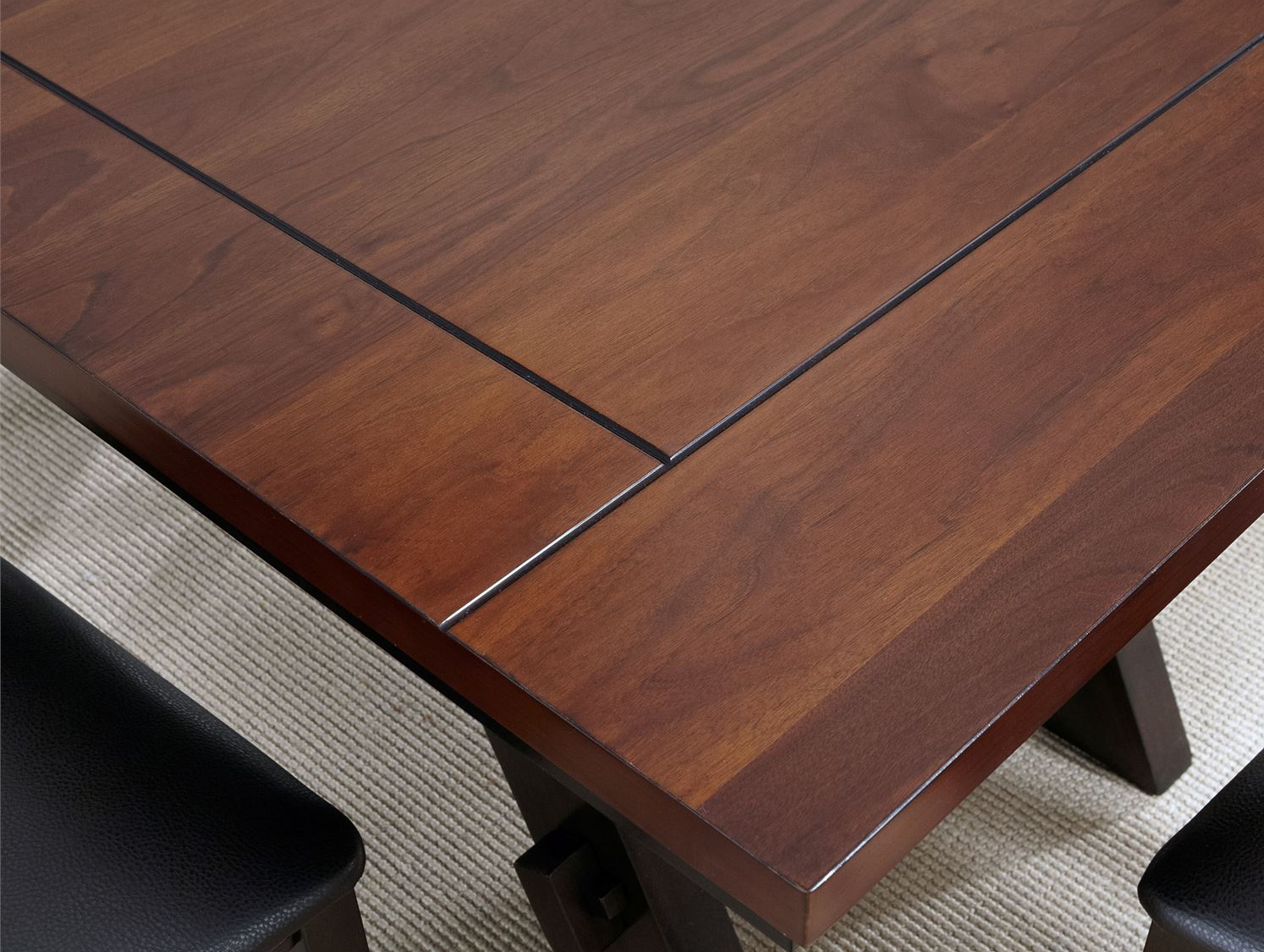116 Table Top Detail