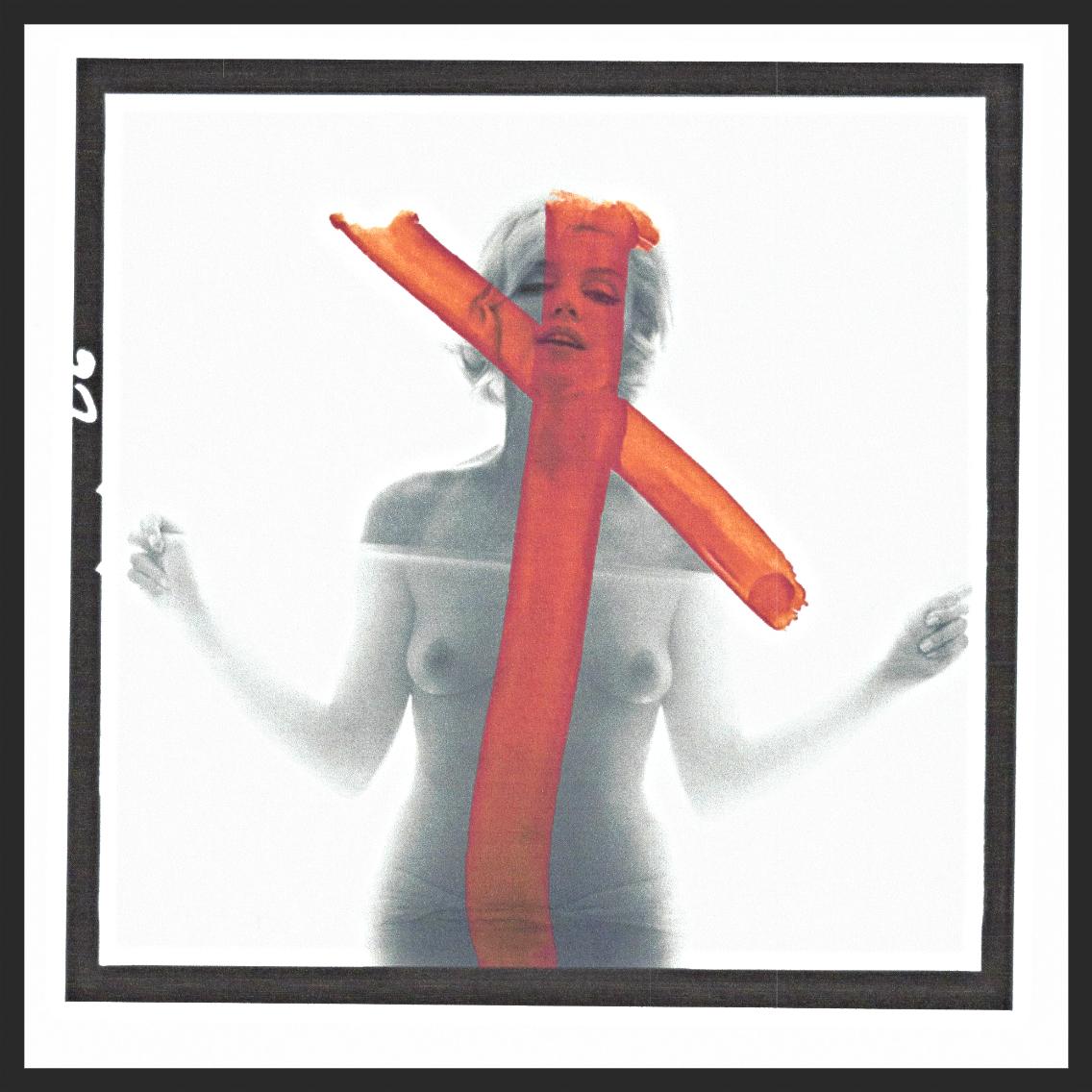 Marilyn Monroe, Crucifix II