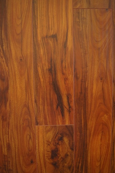 Piso laminado Ferbar French Collection-Acacia Rouge
